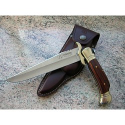 Laguiole folding knife with sabety crosspiece